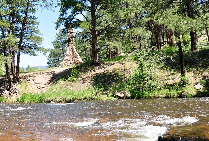 ofallon park trail picnic area