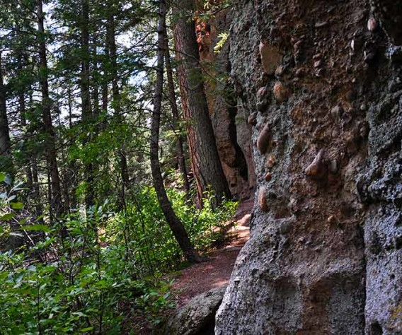 cliff climbers trail castlewood canyon header