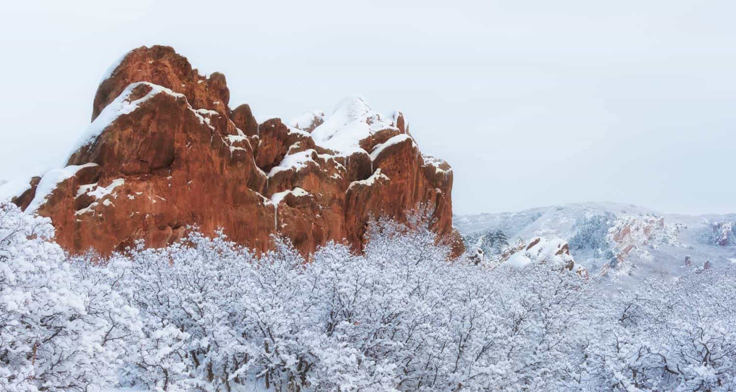 snow on red rock formation in roxborough state park near denver easy winter hiking trails