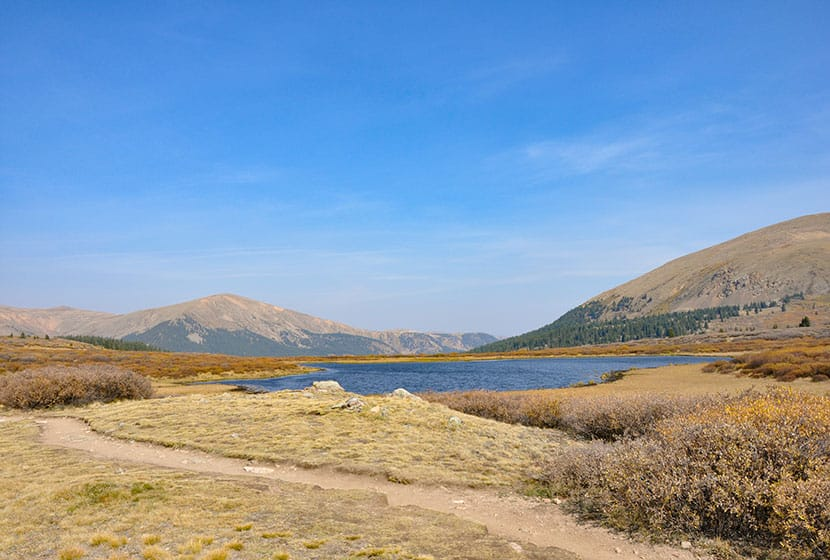 bierdstadt_trail_lake