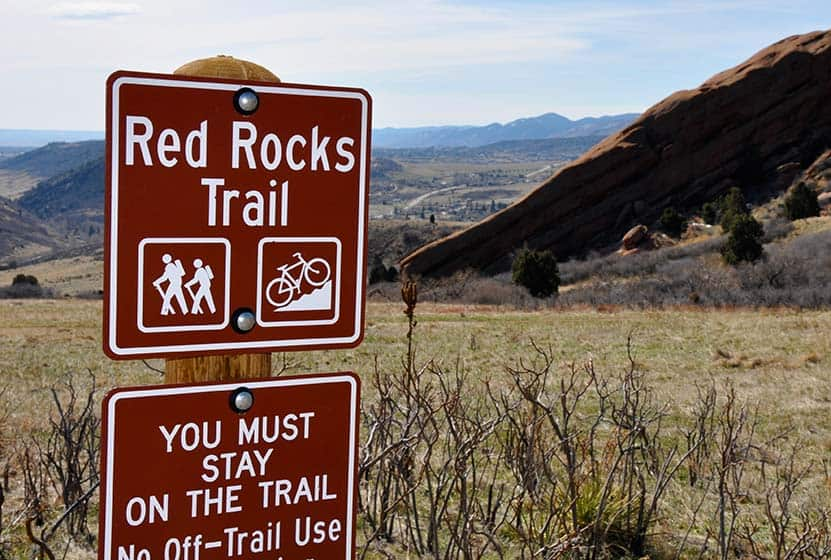 red rocks trail trailhead