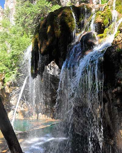 86_hanging-lake-colorado-waterfallatlake