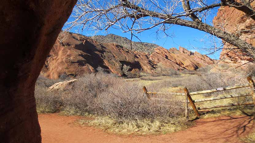 red-rocks-hike-trading-post-trail-midway