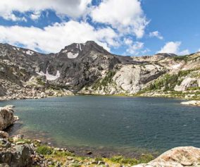 bluebird lake rocky mountain national park-header