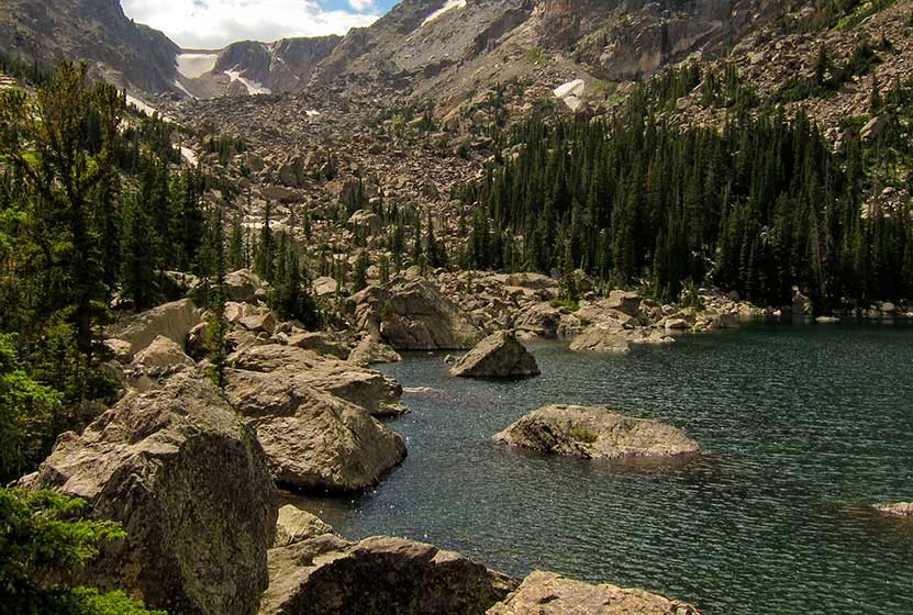lake haiyaha rocky mountain national park header