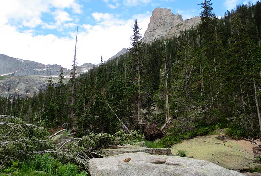 shelf lake rocky mountain national park trail crossing