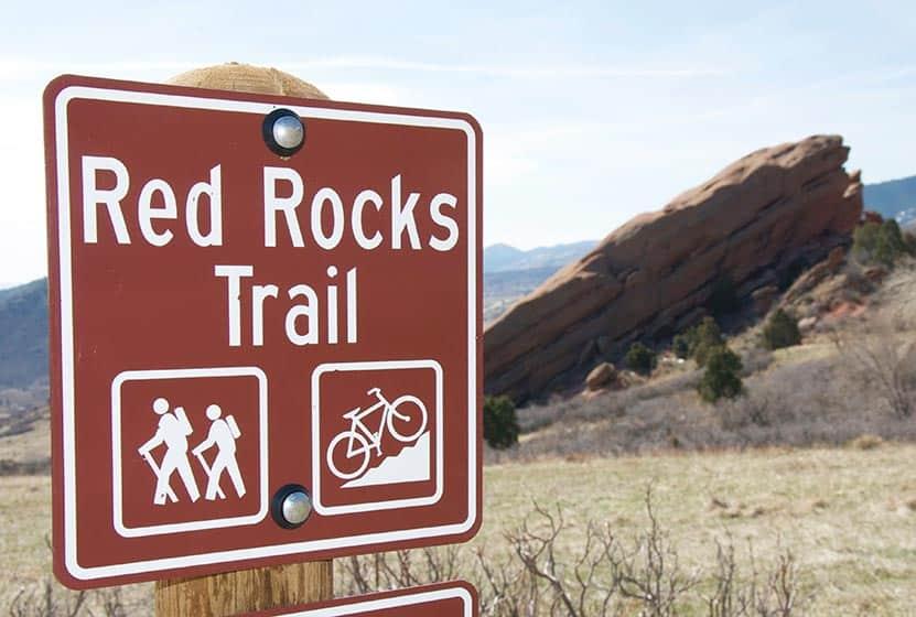 red-rocks-trail-spring-hikes-denver