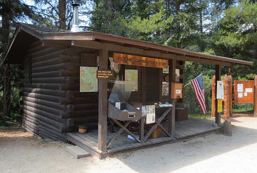 monarch-lake-colorado-wilderness-info-cabin