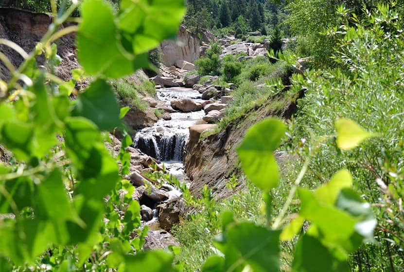 Castlewood Canyon Waterfall Hike