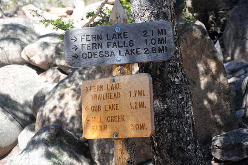 fern-lake-trail-sign-after-bridge-at-the-pool-rmnp