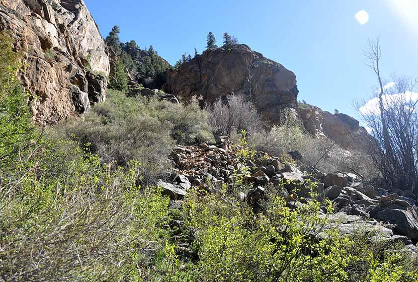 windy-gulch-cascades-rmnp-top-of-boulder-field