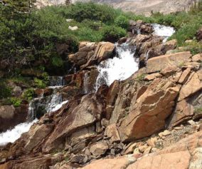 fan falls rocky mountain national park header