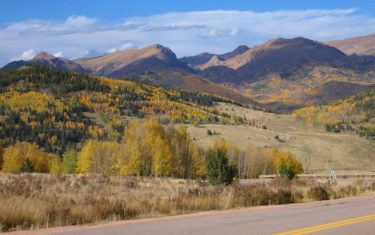 fall colors along highway 67 between divide and cripple creek colorado on the way to horsethief falls hike