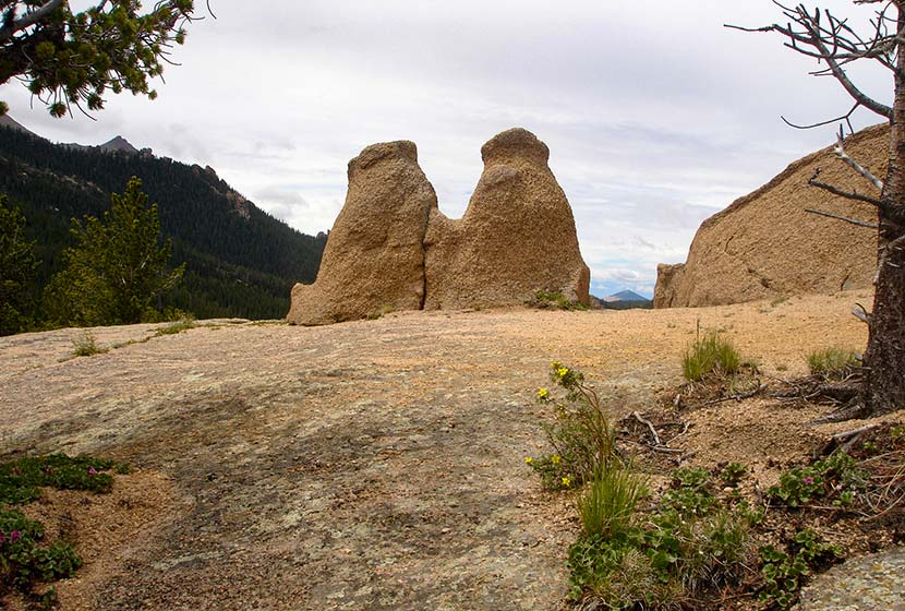 twin bears rock formation at the crags hike near colorado springs